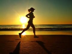 Ćwiczyć rano czy wieczorem?