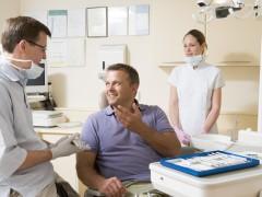 Stomatolog za darmo – jakie zabiegi na NFZ?