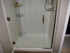 Co w największym stopniu wpływa na wygodę korzystania z prysznica?