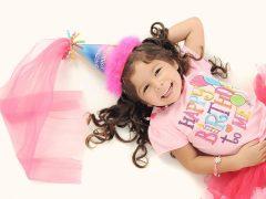 Jak zorganizować imprezę urodzinową w domu dla swojego dziecka?