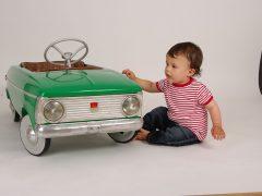 Pierwsze własne auto w dzieciństwie